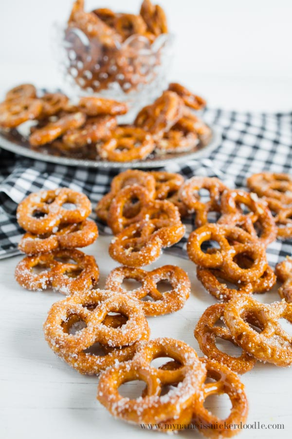 Pumpkin Spiced Pretzels in a glass bowl