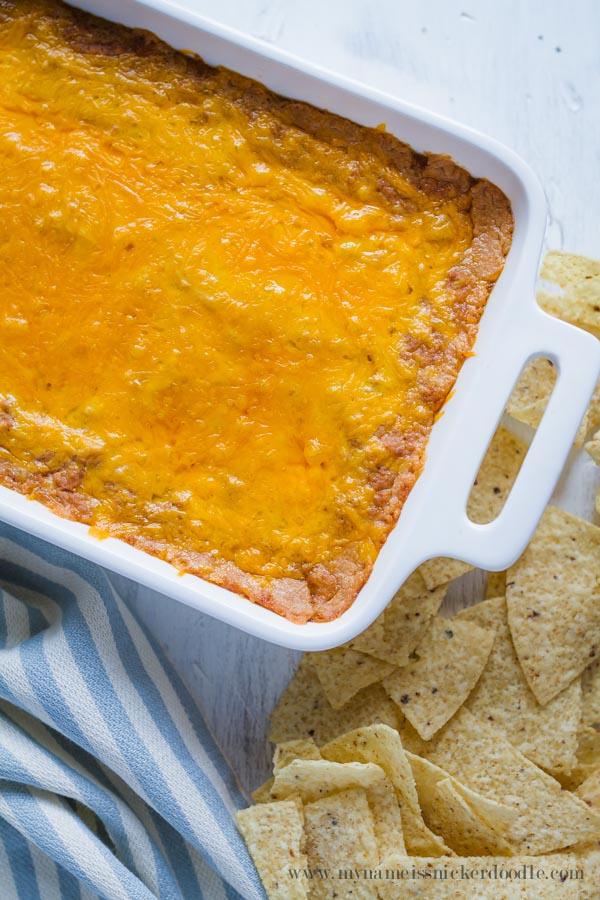 Cheesy Bean Dip  |  Recipe  |  Appetizer  |  Chips  |  Easy  |  Hot  |  Cinco de Mayo
