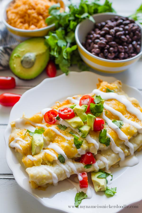 Chicken and Green Chili Enchiladas  |  Recipe  |  White Sauce  |  Creamy  |  Baked  |  Easy  |  Cinco de Mayo