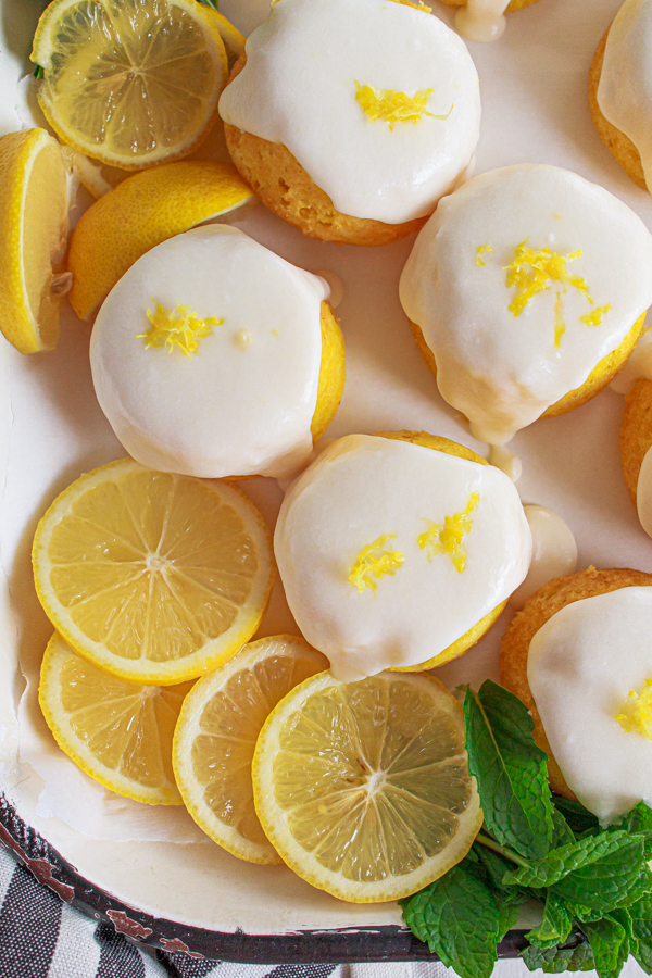 A quick and easy lemon cakes!