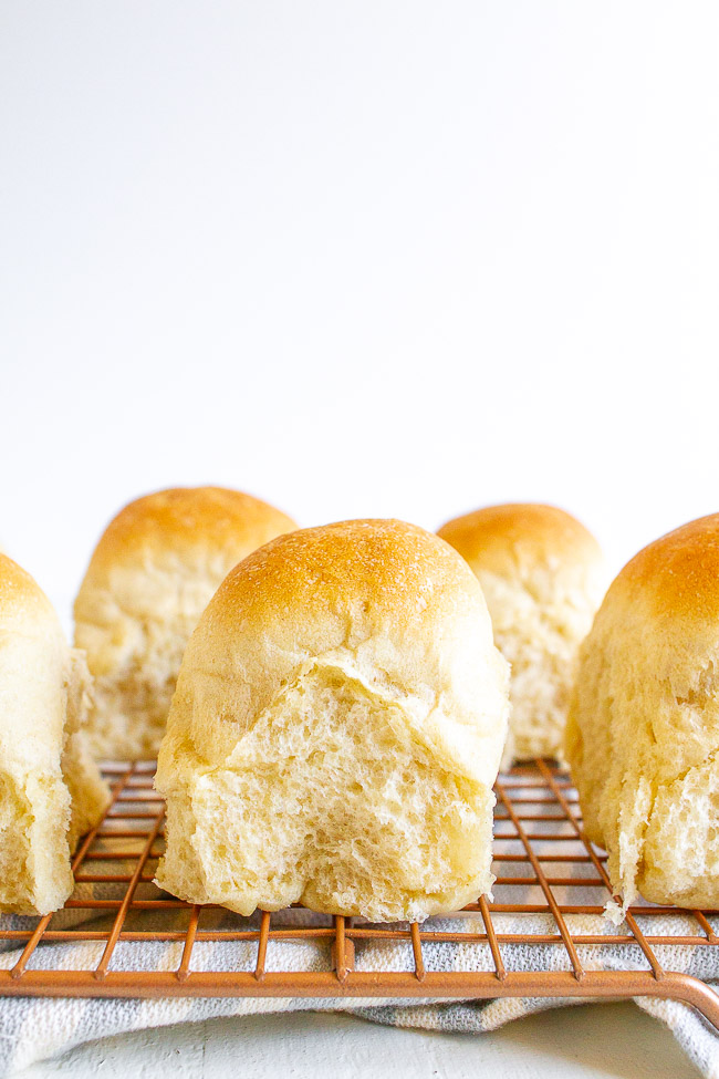 Easy Roll recipes with soft and fluffy dough.